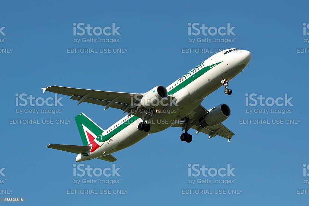 Alitalia Airbus A320 - foto stock