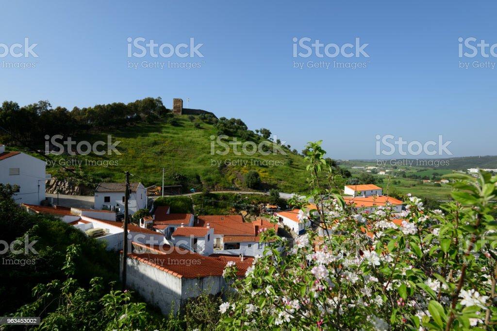 Aljezur, Algarve, Portugalia - Zbiór zdjęć royalty-free (Algarve)