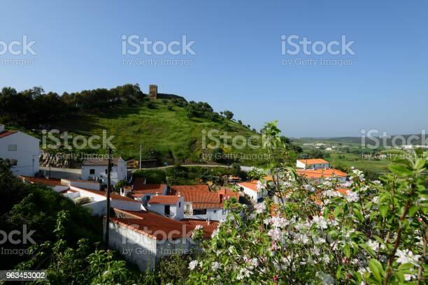 Aljezur Algarve Portugalia - zdjęcia stockowe i więcej obrazów Algarve