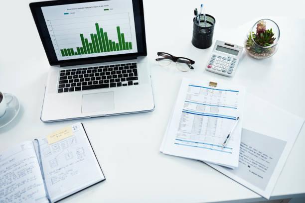 all set for auditing efficiency - ispezione contabile foto e immagini stock