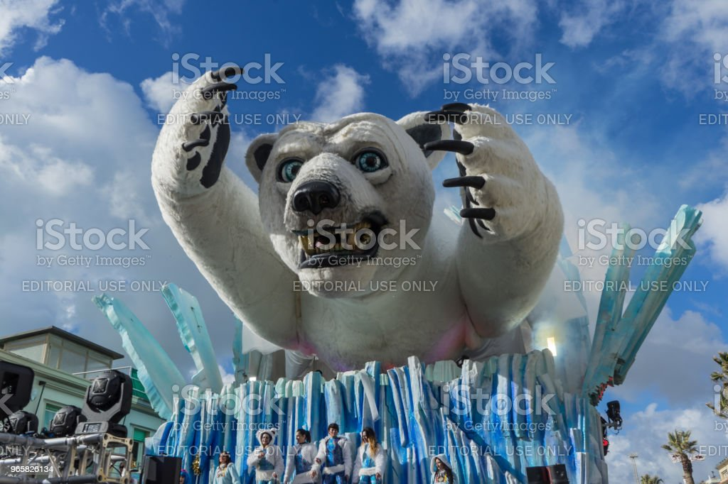 Allegorical wagon parading in Viareggio, Italy - Royalty-free Bear Stock Photo