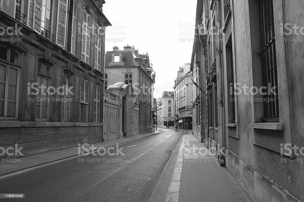 Alley in Pairs royalty-free stock photo