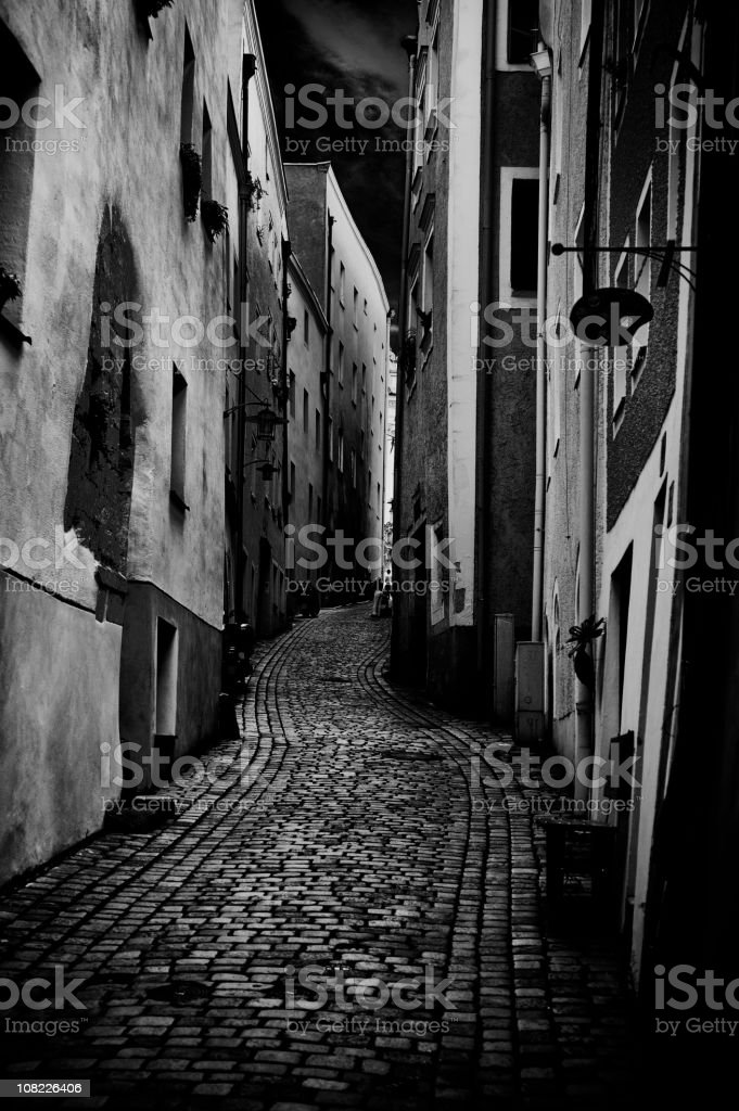 Ruelle à Passau, noir et blanc - Photo