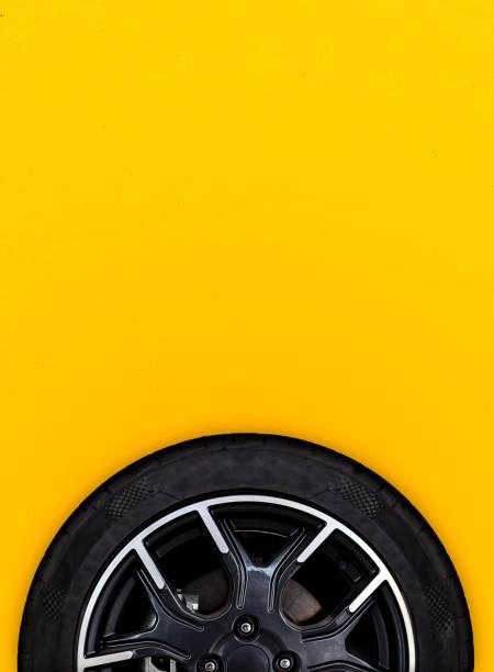 Alloy wheels with white background – zdjęcie
