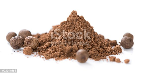 Heap of Allspice powder (isolated on white background)