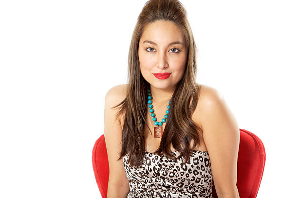 verführerische asiatische frauen in sexy kleid und roten lippenstift - türkise haare stock-fotos und bilder