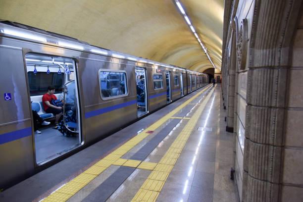 u-bahn almaty - almaty metro wiedenmeier stock-fotos und bilder
