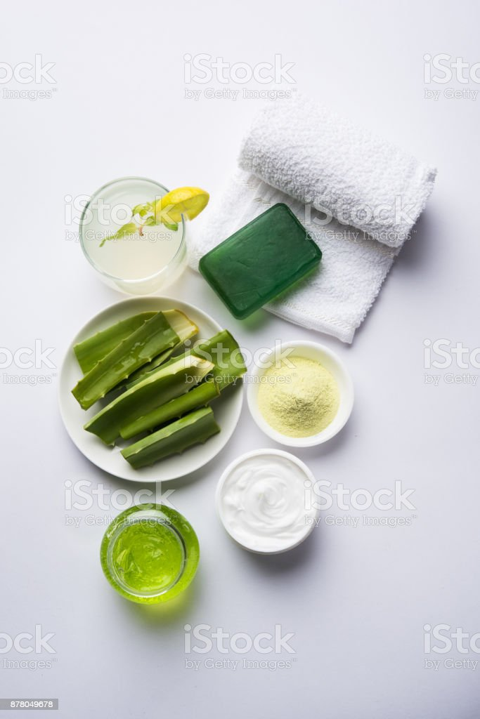 Aloe vera juice, gel, moisturising cream, soap and powder powder – zdjęcie