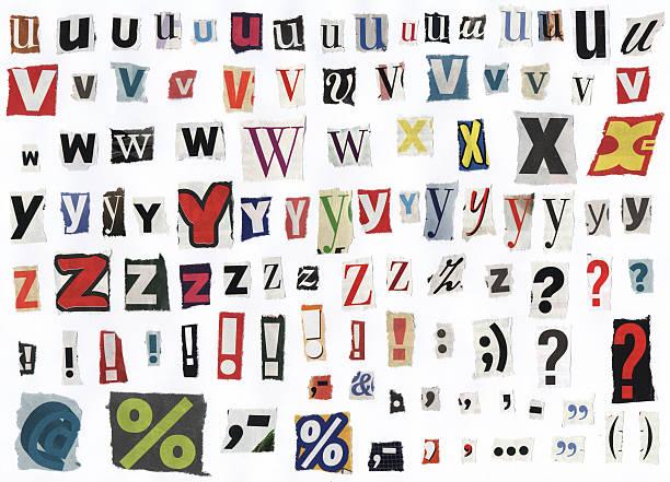 zeitung alphabet buchstaben-xxxl - komma stock-fotos und bilder
