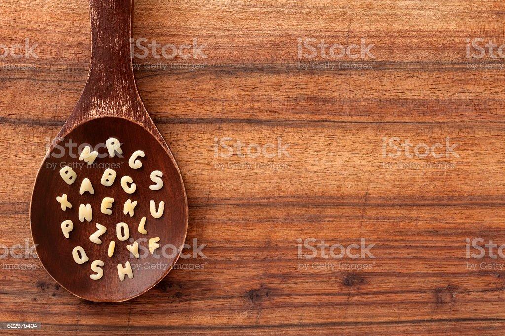 Buchstabennudelsuppen Buchstaben – Foto