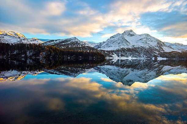 Alpine lake reflection Alpine lake reflection reflection lake stock pictures, royalty-free photos & images