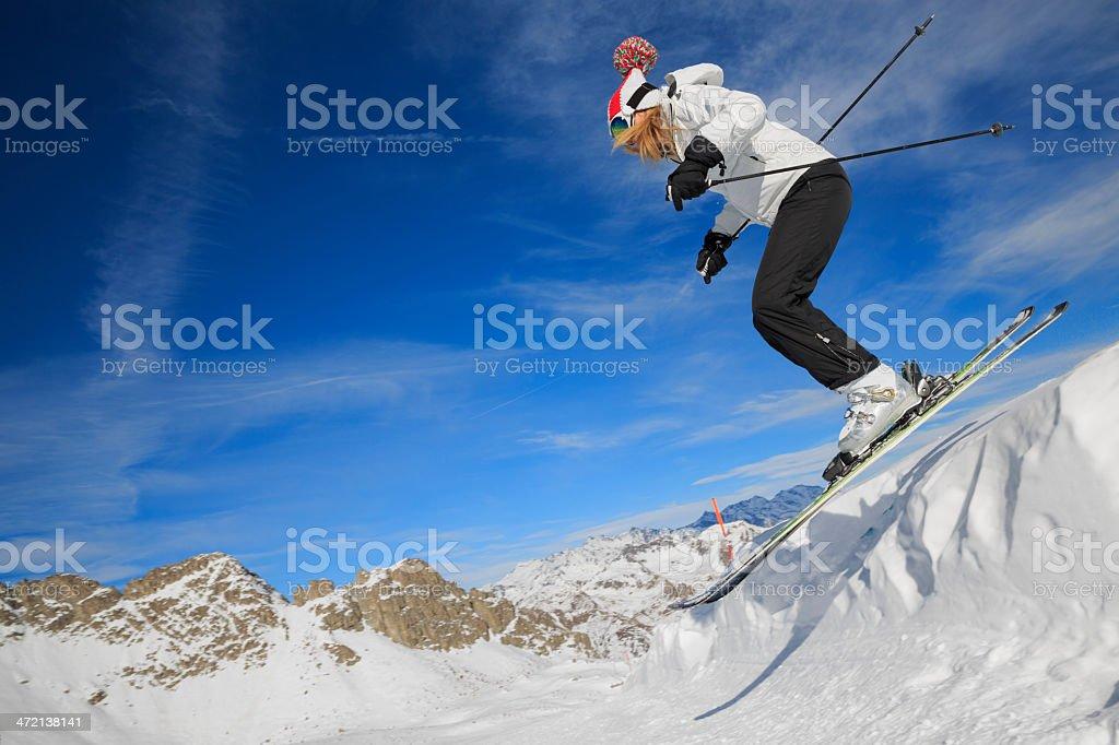 Картинка горнолыжники на склонение очень чистая