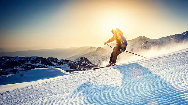Alpine skiing picture id484551818?b=1&k=6&m=484551818&s=612x612&w=0&h=4fjahzfomeb1dhmrfh5xwumjqfbed6k68q i3gwhkry=