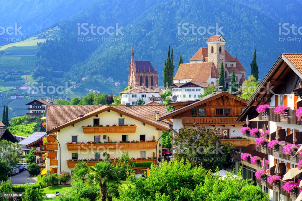 Alpine village Schenna, Meran, South Tyrol, Italy – Foto