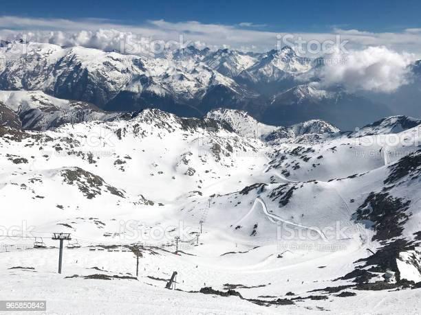 Alps In Winter — стоковые фотографии и другие картинки Альп д'Юэз