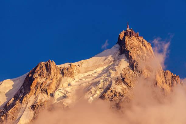 Sommets des Alpes dans la région de Chamonix - Aiguille du Midi - Photo