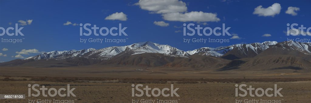알타이 산맥. 아름 다운 고원 풍경입니다. 러시아. 시베리아입니다. Quadcopter에 비행입니다. 상위 뷰 royalty-free 스톡 사진