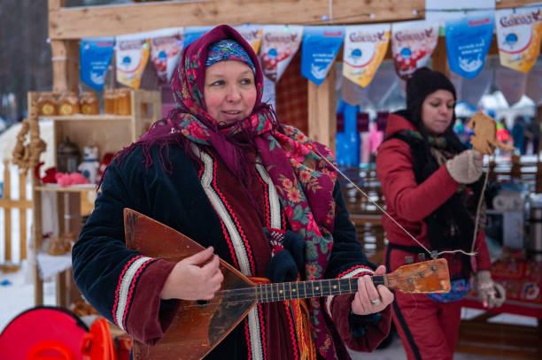 Altaiskaya Zimovka Urlaub - der erste Tag des Winters – Foto
