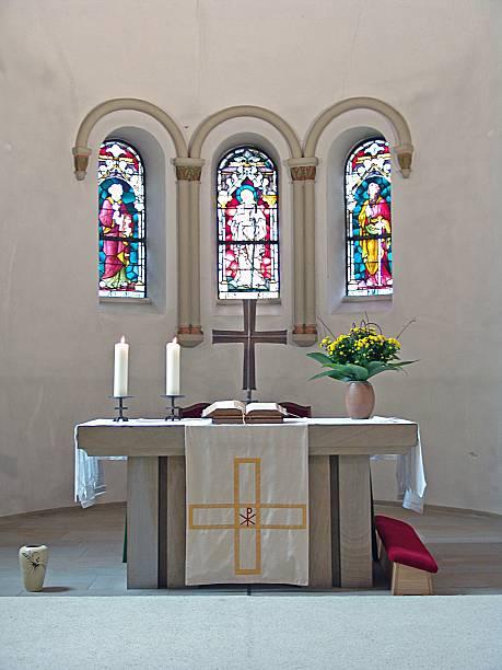 altar kirche christ - altar stock-fotos und bilder