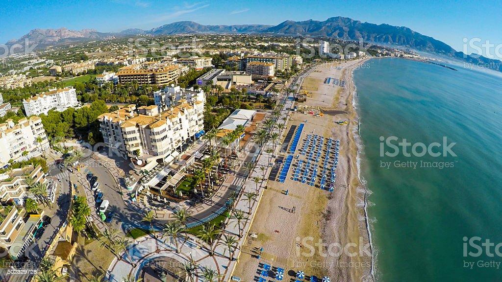 Altea Playa del Albir de piedras blancas en Alicante Mediterráneo - foto de stock