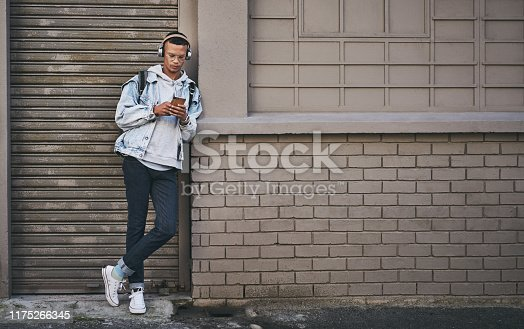 1165318420istockphoto I always share my location with my loved ones 1175266345