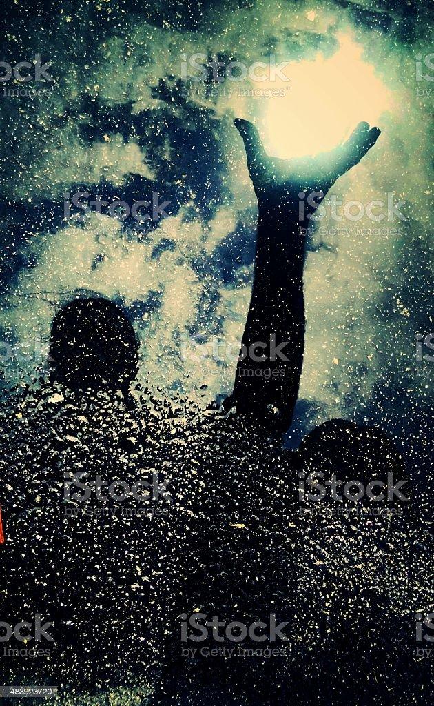 I am water under the sun (lightbarer stock photo