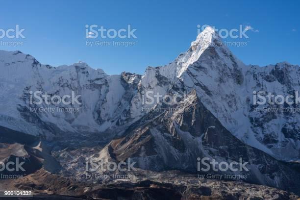 Ama Dablam Mountain Peak Ikoniska Toppen Av Everest Regionen Bergskedjan Himalaya Nepal-foton och fler bilder på Ama Dablam