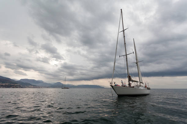 Costa de Amalfi cerca de Positano, Italia - foto de stock