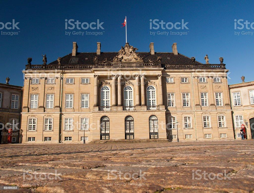 Amalienborg con regent a casa foto stock royalty-free