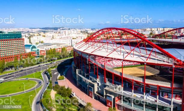 Amazing Architecture Of Benfica Lisbon Soccer Stadium Estadio Da Luz City Of Lisbon Portugal November 5 2019 - Fotografias de stock e mais imagens de Ambiente