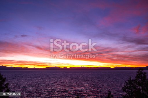 511675552istockphoto Amazing autumn sunset in Lake Tahoe, Nevada-USA 1075193724