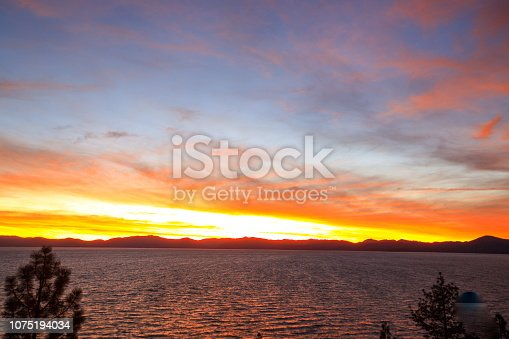 511675552istockphoto Amazing autumn sunset in Lake Tahoe, Nevada-USA 1075194034
