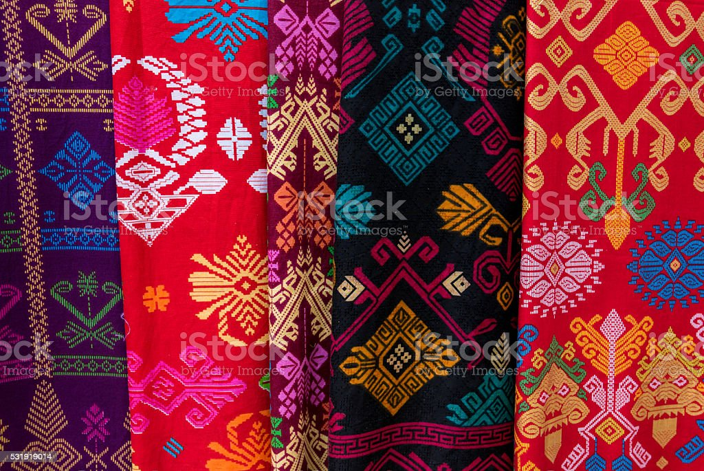 Amazing colorful Balinese sarongs for sale in Ubud, Bali​​​ foto