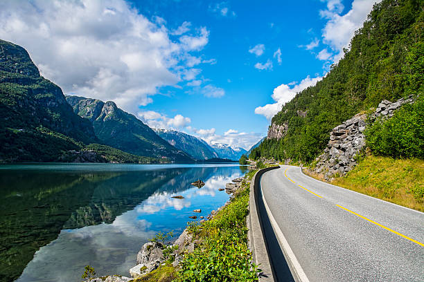 amazing nature view with fjord and mountains. norway - noruega - fotografias e filmes do acervo