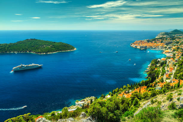 amazing panoramic view of the walled city dubrovnik, dalmatia, croatia - cruise ship stock photos and pictures