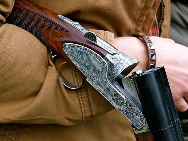 incroyable fusil de chasse - colin photos et images de collection