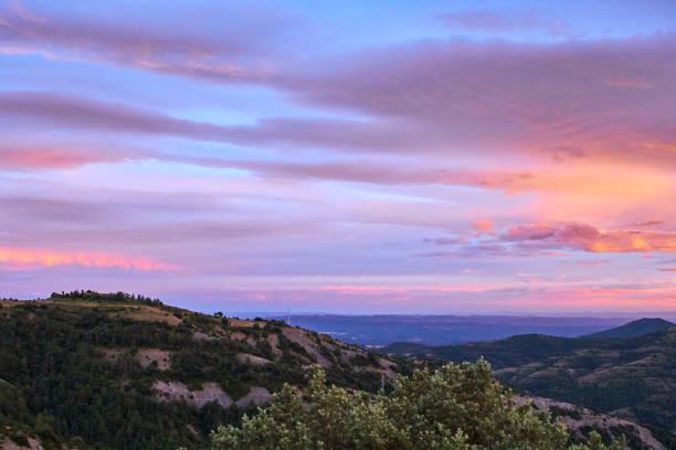 amazing sunset in  pyrenees mountains - catalonia - lleida стоковые фото и изображения