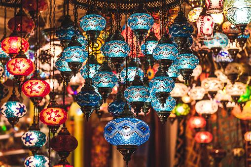 istock Amazing traditional handmade turkish lamps in souvenir shop 635903318