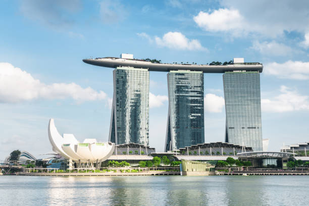 amazing view of the famous marina bay sands hotel, singapore - marina bay sands stock photos and pictures