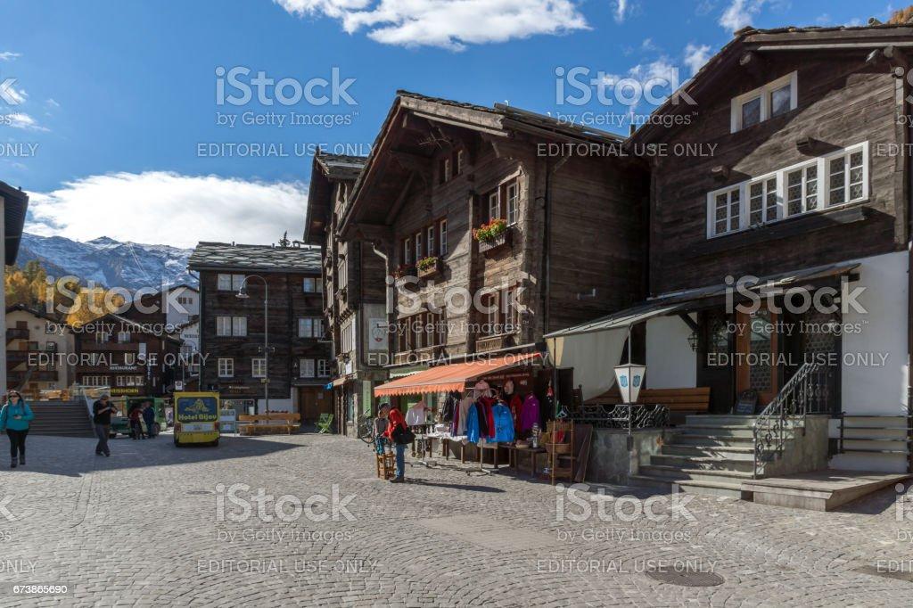 ZERMATT, Suisse - 27 octobre 2015: Amazing view Resort de Zermatt, Suisse photo libre de droits