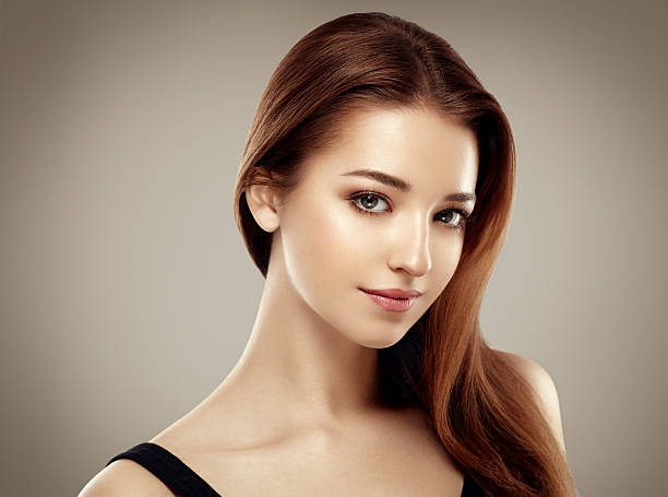 Niesamowite kobieta portret. Piękna dziewczyna moda modelu – zdjęcie