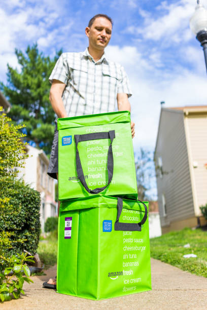 Amazon fresh insulated grocery delivery bags totes on front home picture id855974162?b=1&k=6&m=855974162&s=612x612&w=0&h=qm80fraoy u pbwsvhlwb6gh9lag i6c p53q8dixmk=