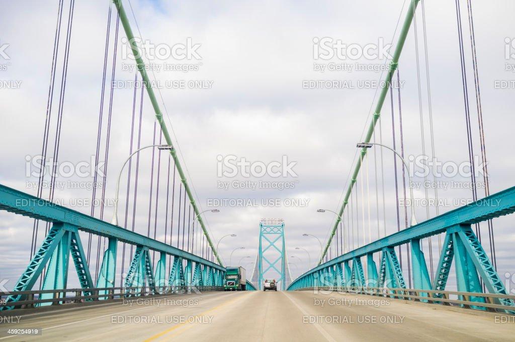 Fotografía de Puente Ambassador Entre Canadá Y Estados Unidos y más ...