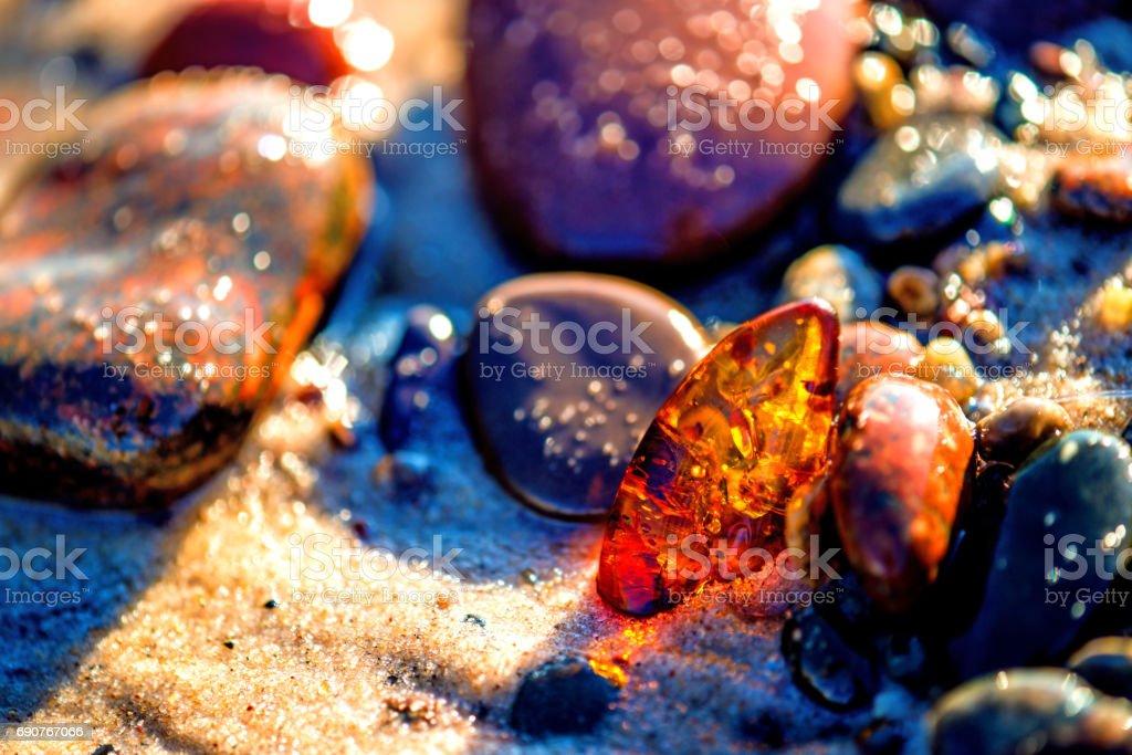 Bernstein am Strand der Ostsee – Foto