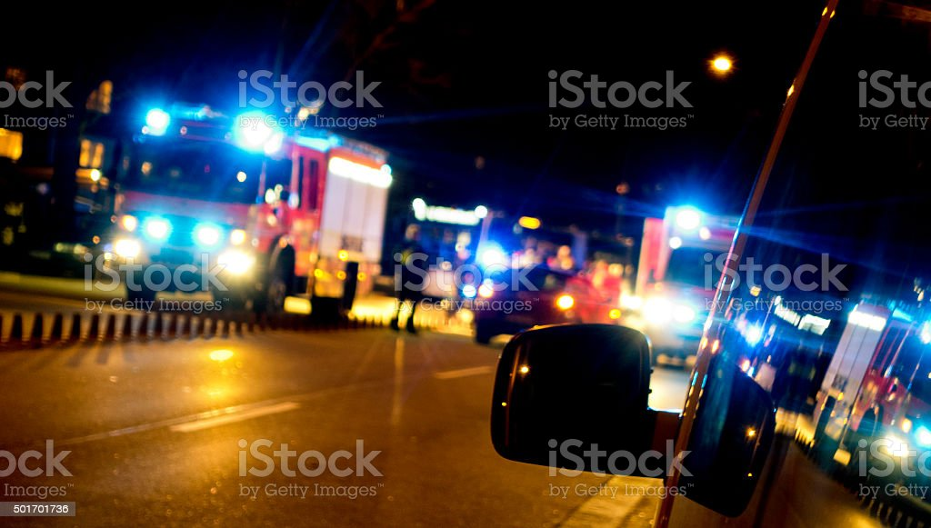 Ambulancia en el - foto de stock