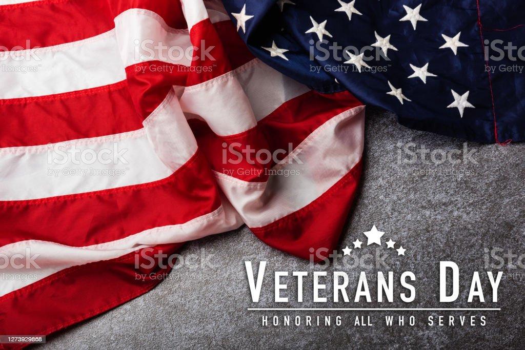 美國國旗,軍事愛國的象徵。 - 免版稅七月圖庫照片