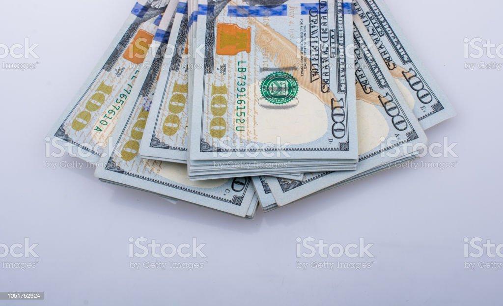 Notas de dólar americano 100 - foto de acervo