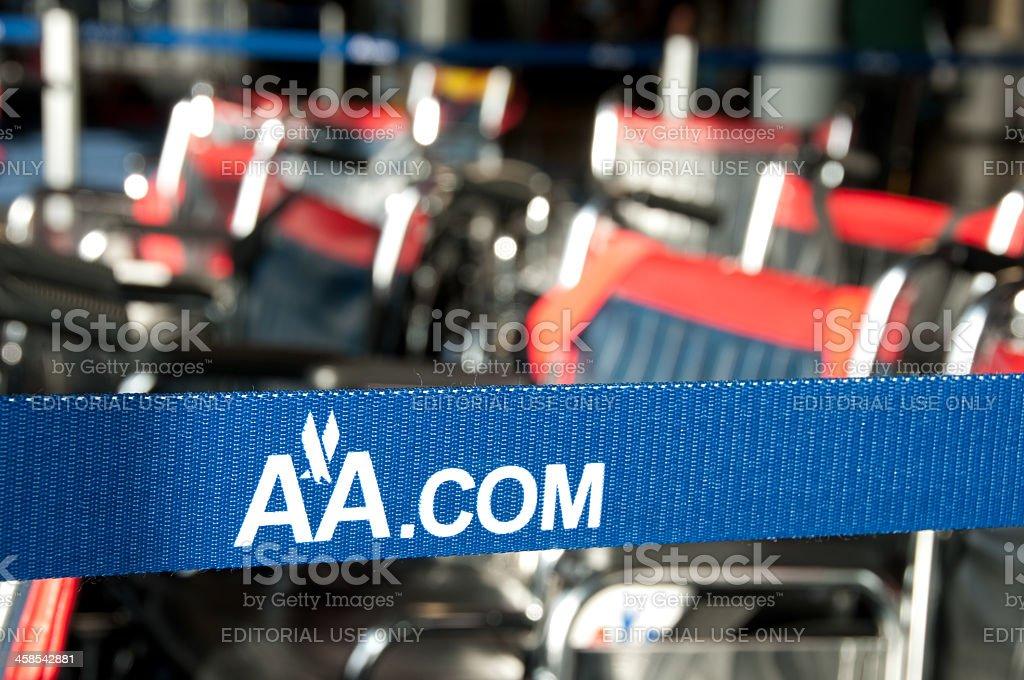 American Airlines retrátil barreira cinto - foto de acervo
