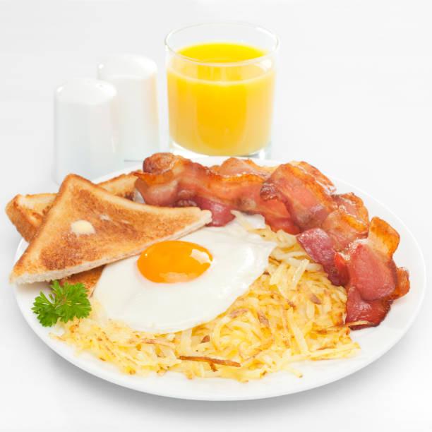 amerikanisches frühstück - haschee stock-fotos und bilder