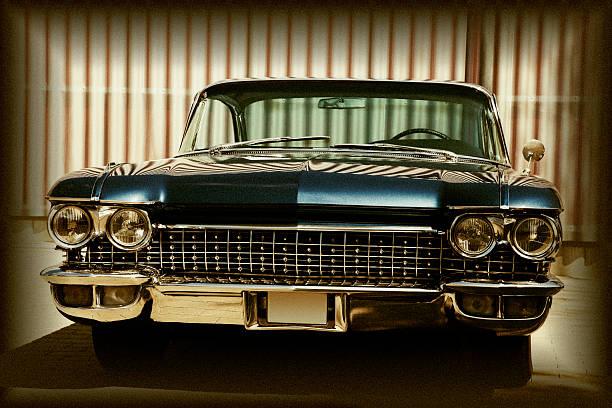 american classic car, vorderansicht, cadillac coupe de ville - alten muscle cars stock-fotos und bilder